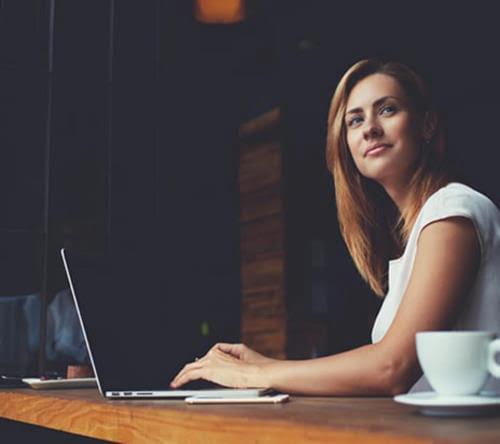 Все больше женщин выбирают IT-сферу в Азербайджане