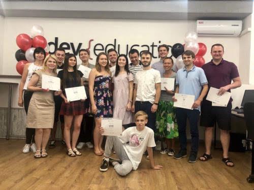 Айті-коледж Dev Education оголосив набір студентів у Києві