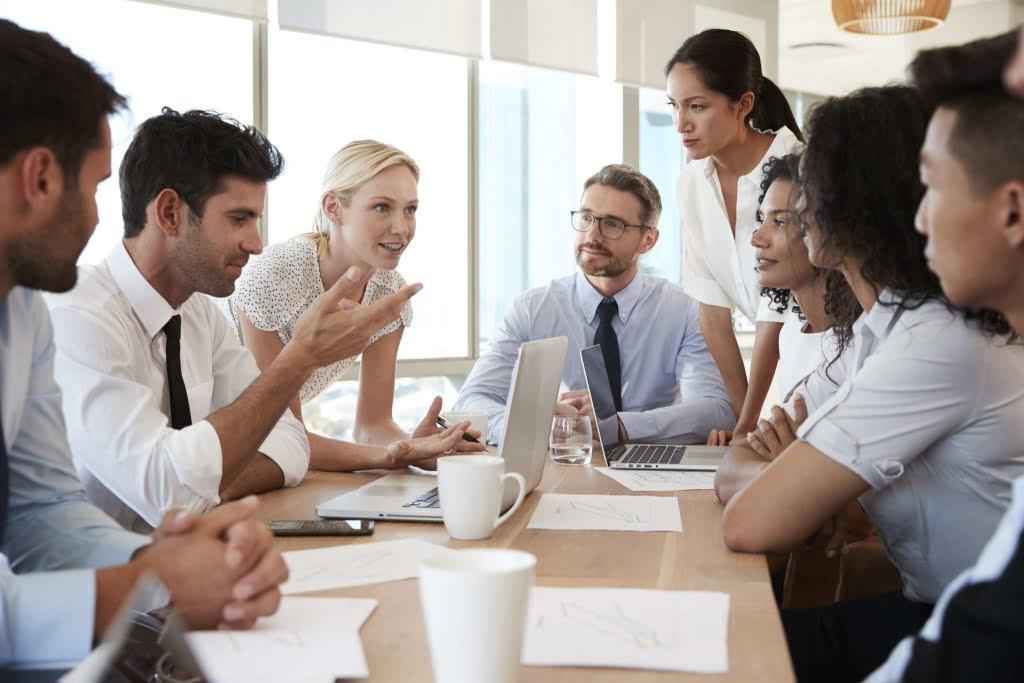 Как руководителю создать благоприятный климат в коллективе