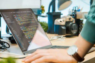 Как постоянная работа за компьютером влияет на зрение